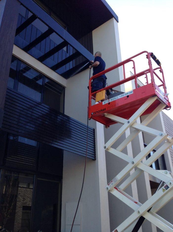 Commercial building clean Melbourne